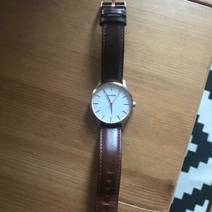 MVMT rose gold with brown leather band